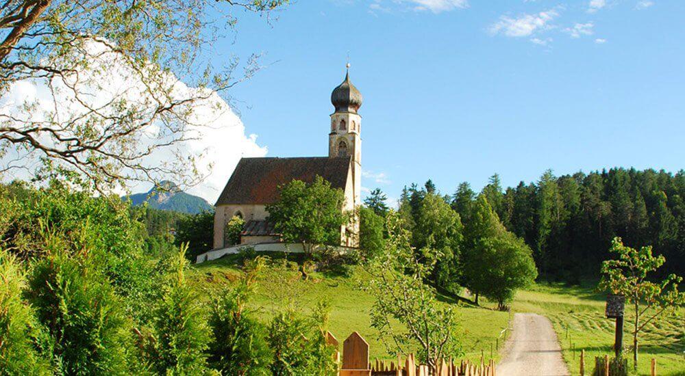 The little church of St.-Konstantin
